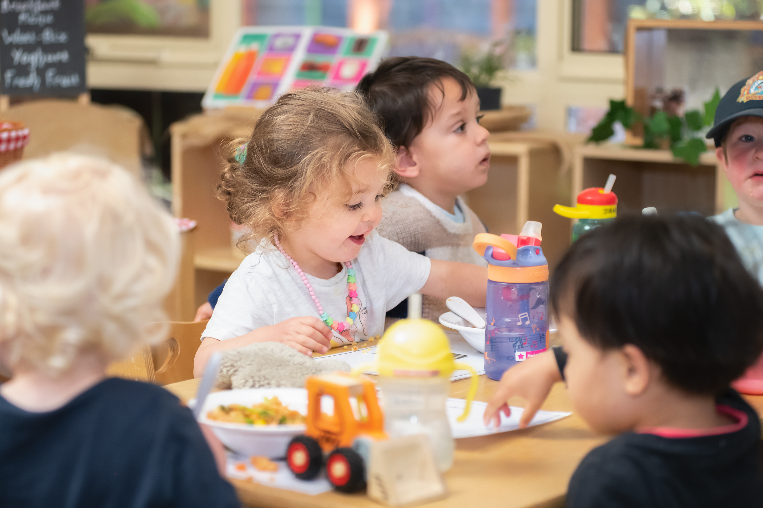 children fussy eaters enjoying a meal